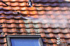 Entretenir la toiture et les façades - démoussage et nettoyage haute pression - intervention toiture